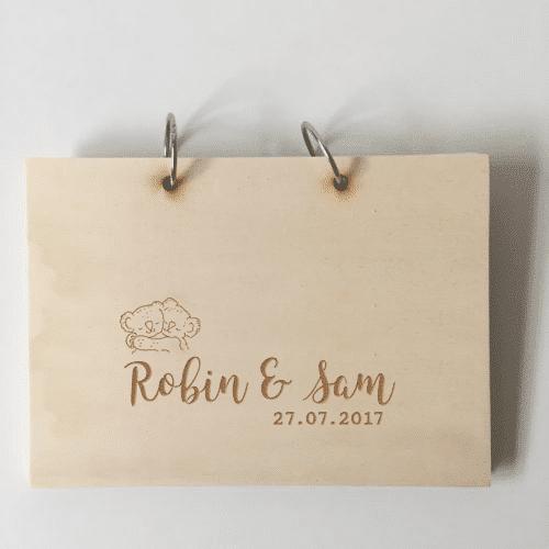 houten kraamboek tweeling met namen