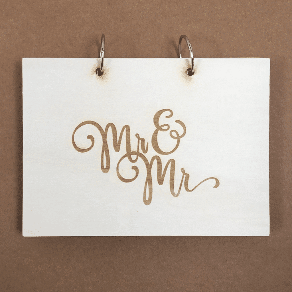 Mr and Mr houten kaft gastenboek