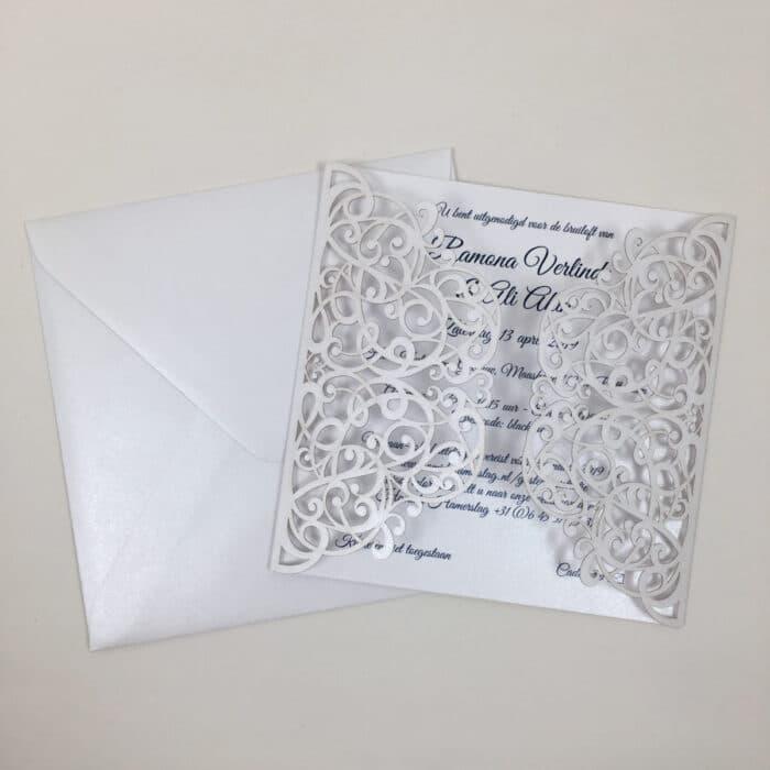 gelaserde huwelijksuitnodiging trouwkaart chic