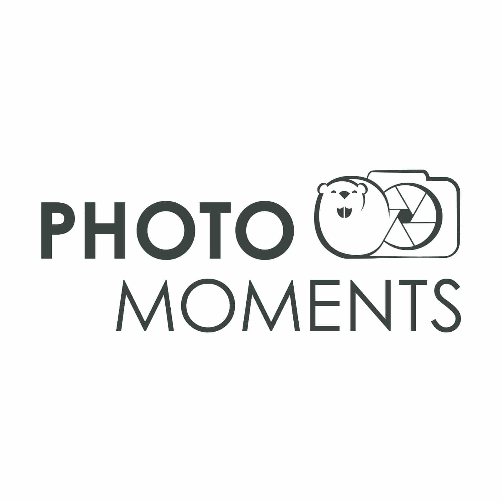 logo photo moments